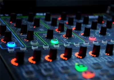 Audio Equipment for Listening to Music at Home  - A Primer on Audio Systems (1)  - CD Player/Turntable/Mixer/Speakers/Cables/Record needles/Headphones | GEAR & BUSINESS #001