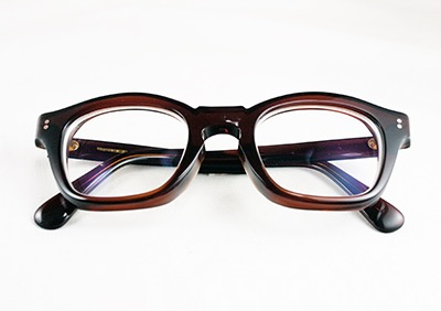 Brown glasses by Hakusan Megane