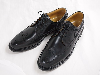 Wing tip shoes by Regal